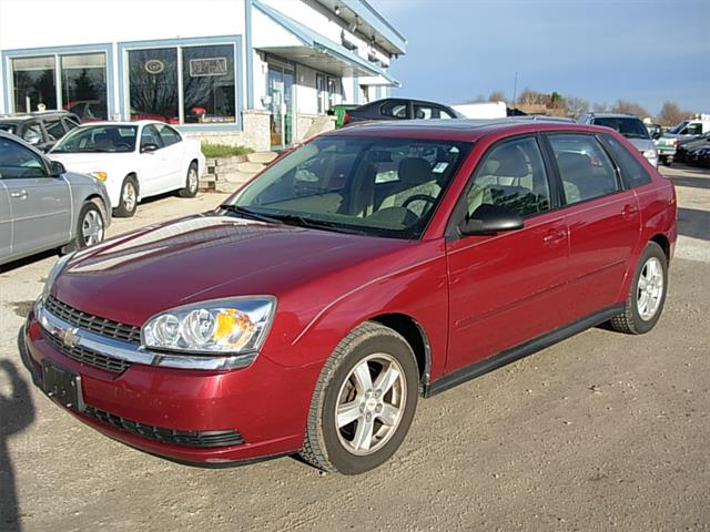 2004 chevrolet malibu maxx watertown wisconsin. Black Bedroom Furniture Sets. Home Design Ideas